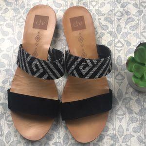 DV black and white 2 strap sandals size 11